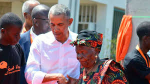 Former US President Barack Obama with the decesased grandmother Sarah Obama