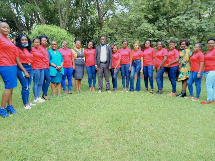 Bungoma Women Journalists with Bungoma County Chief Officer for Health Patrick Wandili, ICT Chief Officer Phoebe Buchunju and Chief Officer for Gender, Youths and Sports Dr. Caro Masete